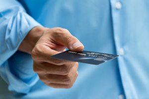 שלם באמצעות כרטיס אשראי